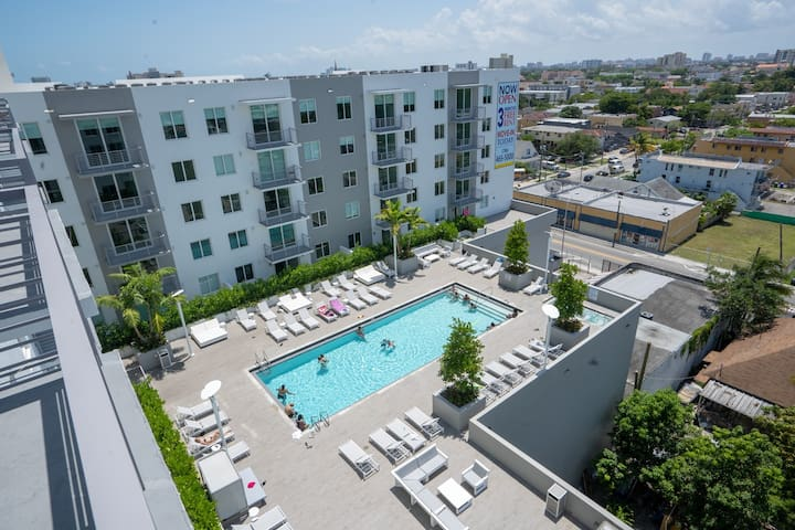 # 923 + Your 1/1 Apt In Miami with Heated pool