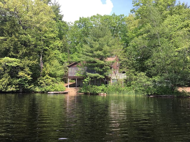 Beechwood Point on Phillips Pond NH - Sandown - Huis