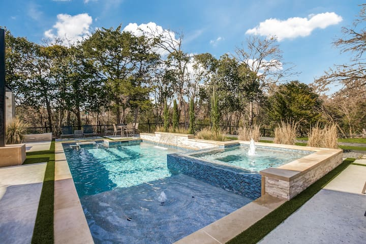 Private Secluded Dallas Retreat with Pool & Spa