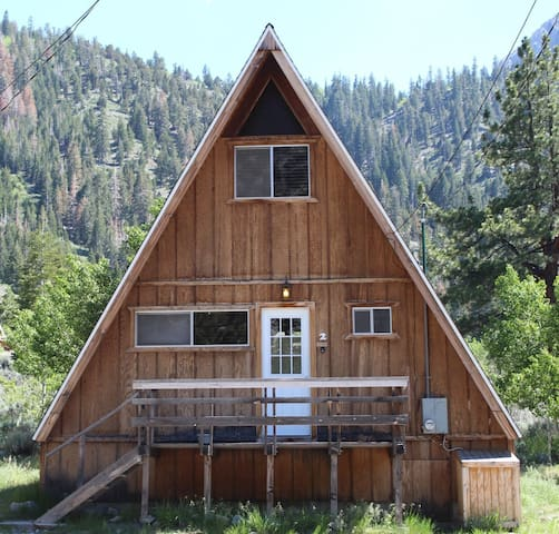 Four Seasons 2 - June Lake - Cabane