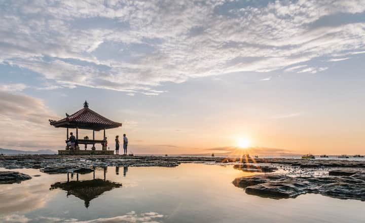Hidden Gems With Pool Access Room In Sanur
