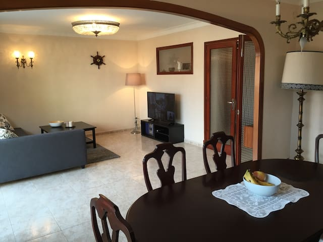Modern apartment close to the beach & city centre - Palma - Apartemen
