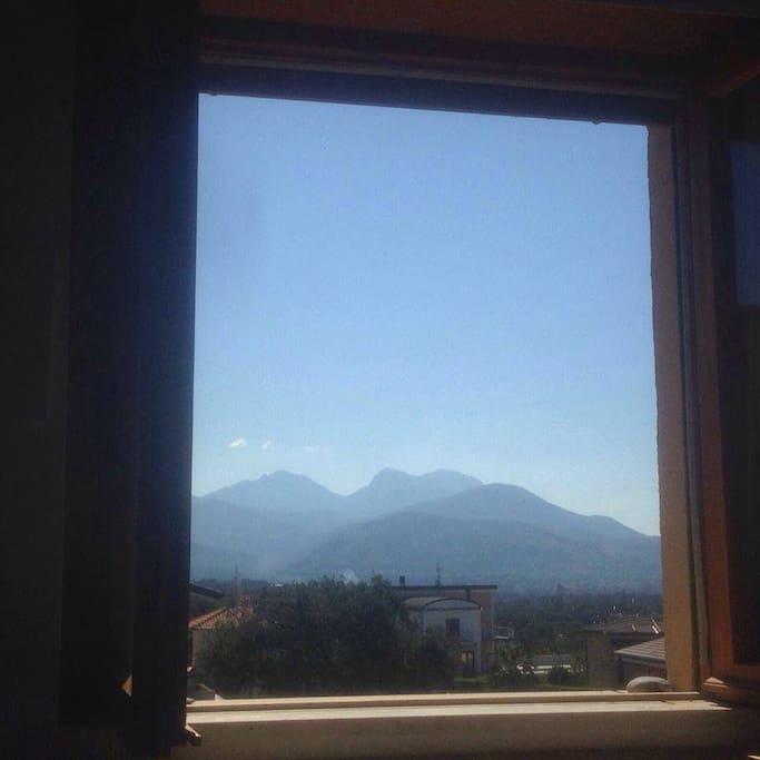Вид из окна спальни.