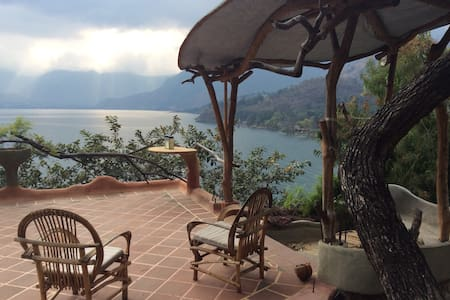 CasaSita - Secluded - Lago de Atitlan - Blockhütte
