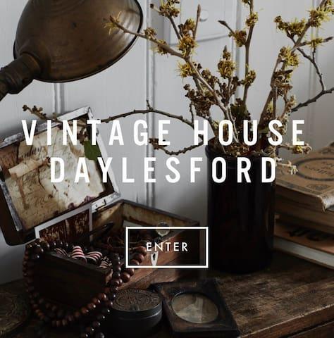 VINTAGE HOUSE DAYLESFORD - SLEEPS 2 - Hepburn Springs - Dům