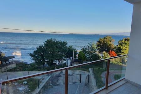 Ordu perşembede sakin şehir deniz ve doğa iç içe