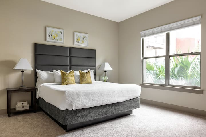 Remarkable One Bedroom on Matisse Drive