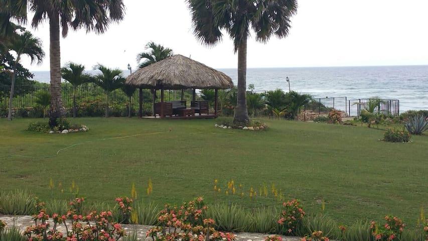 Hotel El Quemaito - Barahona