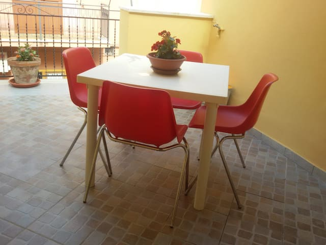 Primo Tv Meubel.Airbnb Castellammare Del Golfo Vacation Rentals Places To