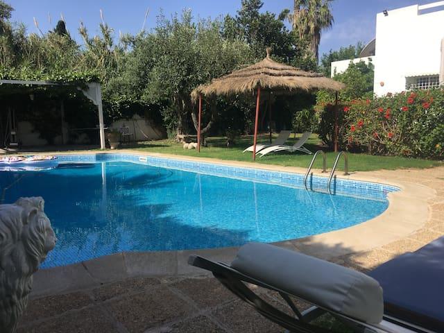 Bungalow moderne et spacieux à Carthage
