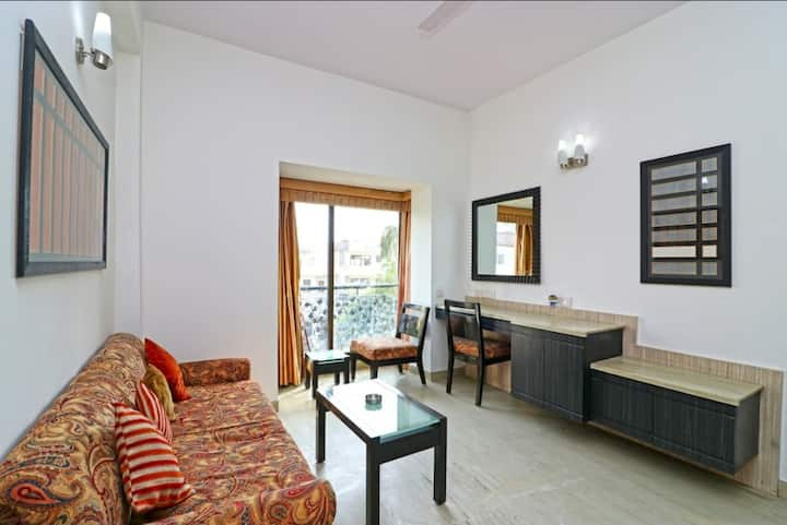 Serviced Apartment in Gurgaon - 1 BHK