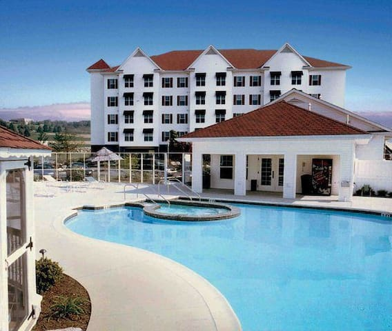 Luxury Vacation Villas at the Suites at Hershey - Hershey - Apartment
