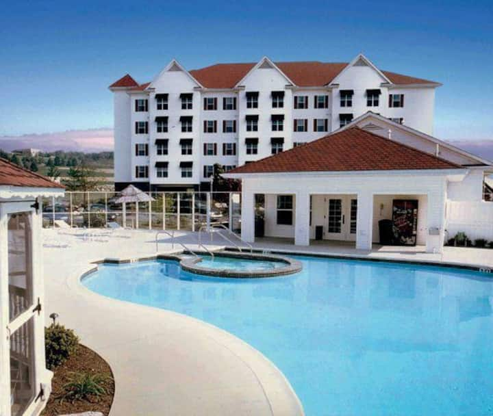 Luxury Vacation Villas at the Suites at Hershey