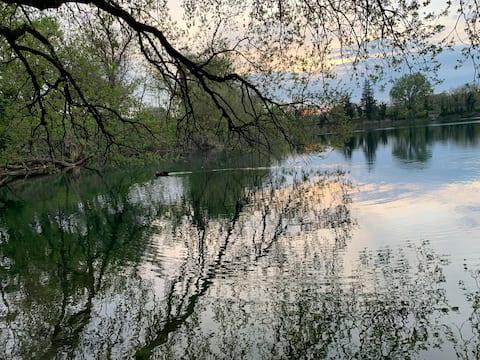 Quartos nas margens do Lago Telese