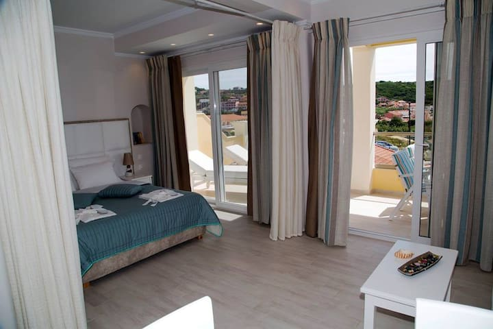 PARALIA LUXURY SUITES - Corfu - Apartmen