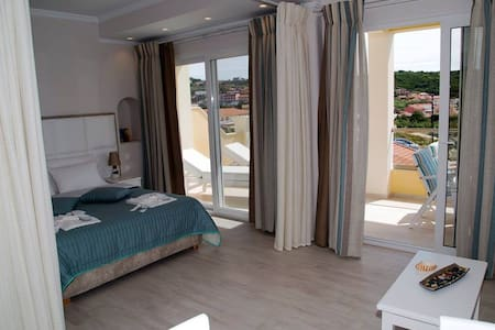 PARALIA LUXURY SUITES - Corfu - Appartement