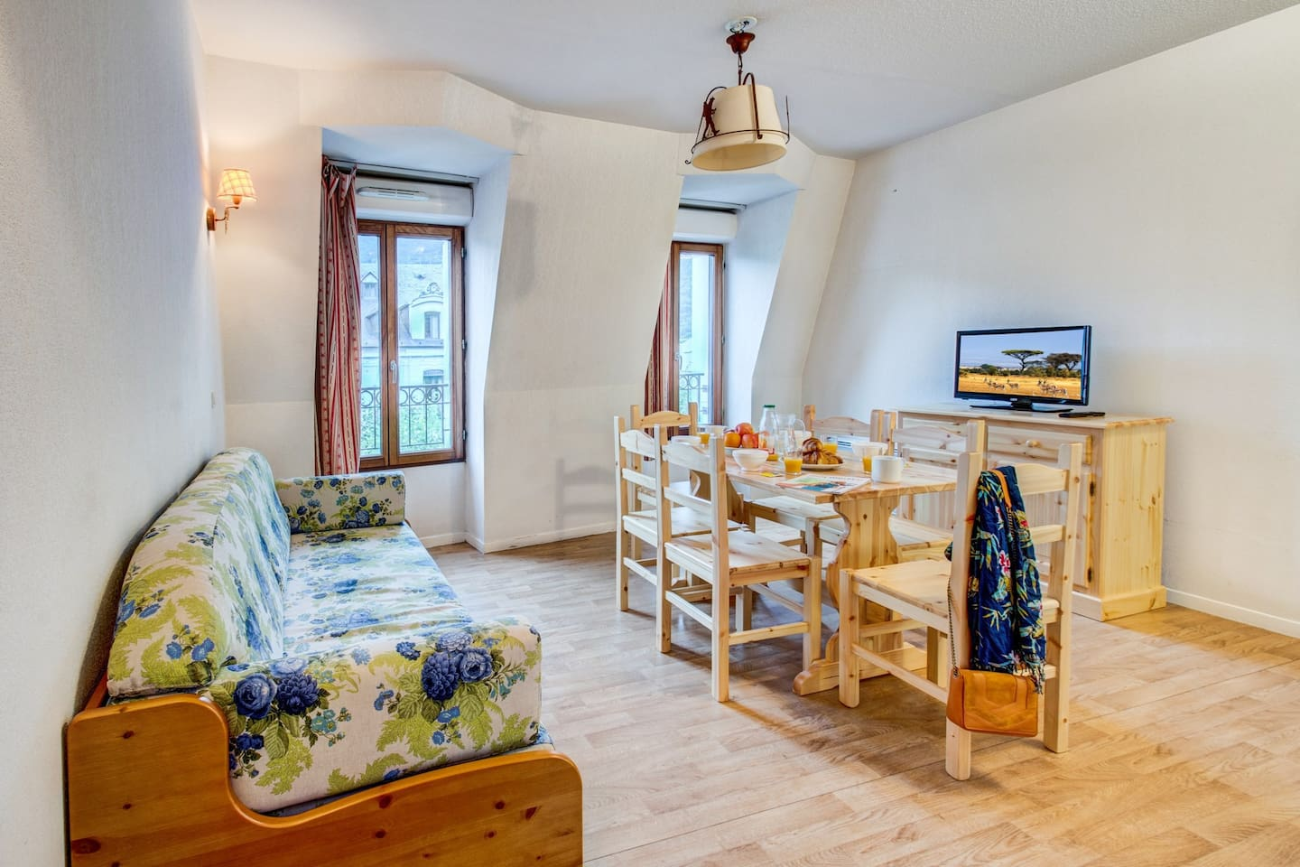 Welcome to our cozy and charming apartment in Luchon!