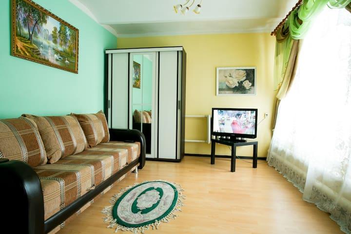 3-х комнатная квартира у Кремля - Nizhnij Novgorod