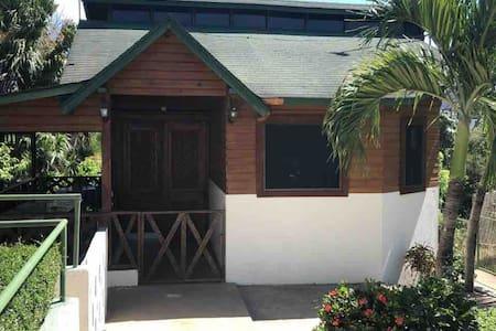 Cabaña Chanita- Club Hacienda Campo Verde-SAJOMA