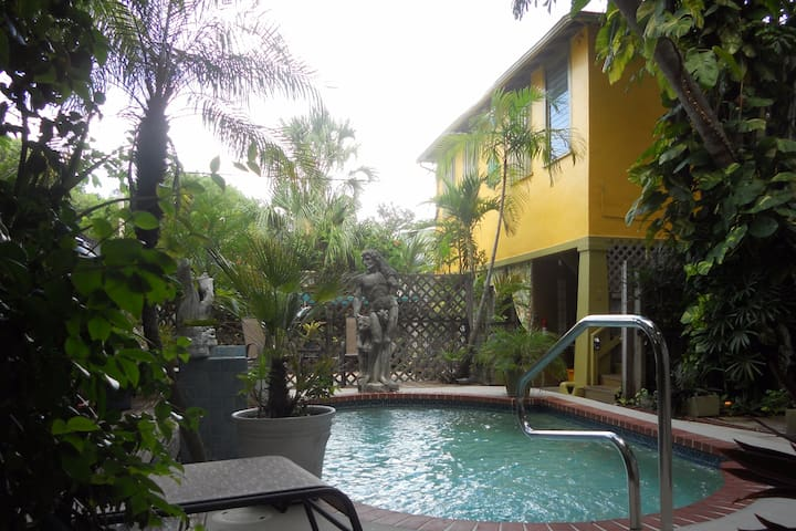 Historic Key West Style, 2nd Floor Apartment - West Palm Beach - Huoneisto