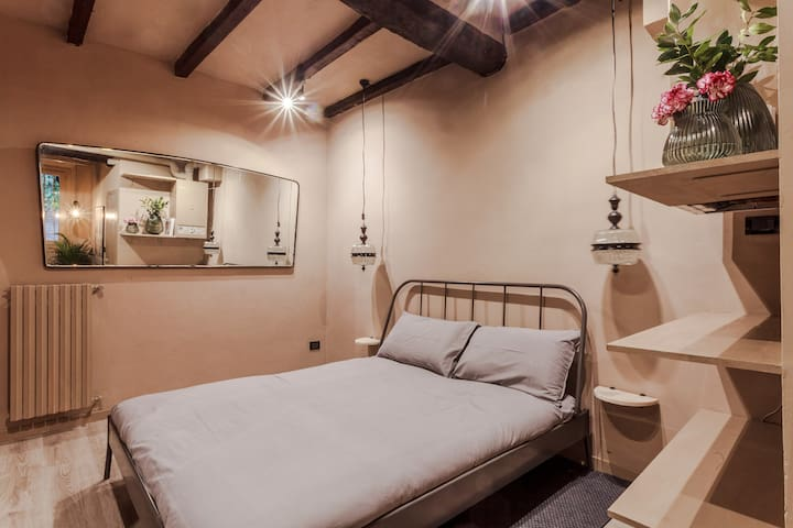 Studio Apartments In Bologna