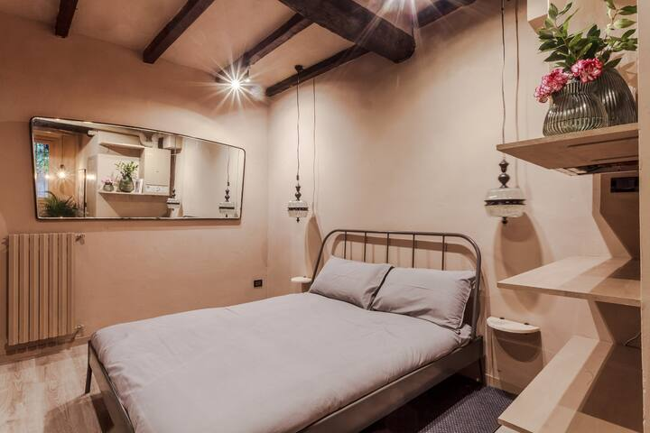 THE STUDIO FLAT - Bologna Old Town
