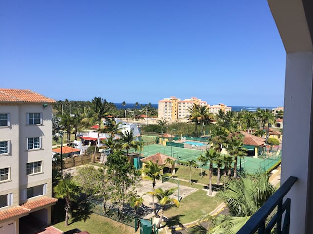 Comfortable Convenient Vacation Paradise
