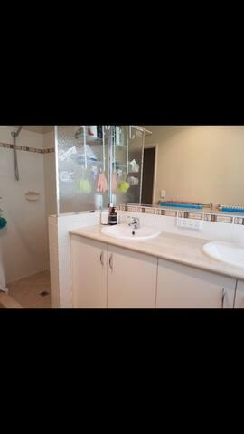 shower & double basins
