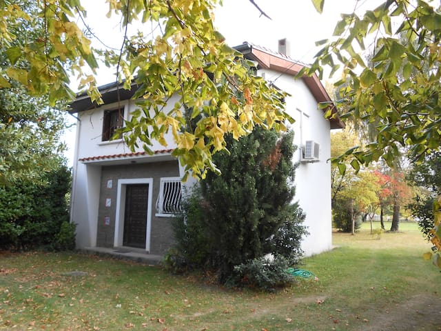 Maison de campagne, grand jardin - Caudiès-de-Fenouillèdes