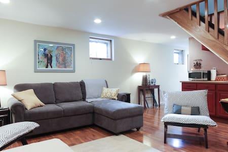 Pied-a-Terre in Washington, DC - Washington - Apartment