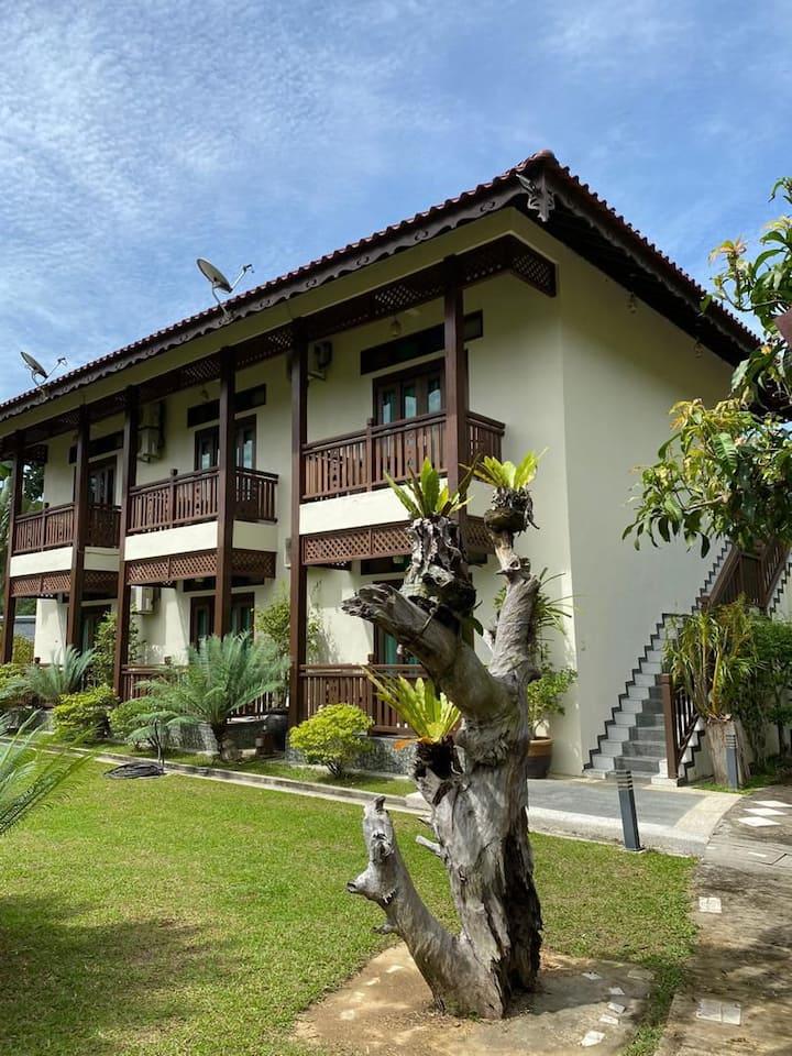 Singgahsana villa (breakfast+pickup)