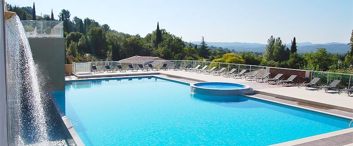 T3 DPLX RESIDENCE 4*CHATEAU CAMIOLE