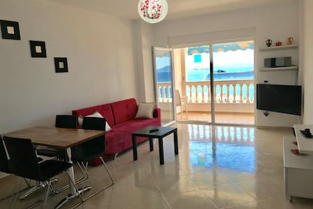 Sarande new and modern sea view apartment!