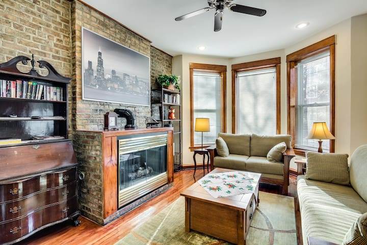 Duplex near the beach! 3 bedrooms in Andersonville