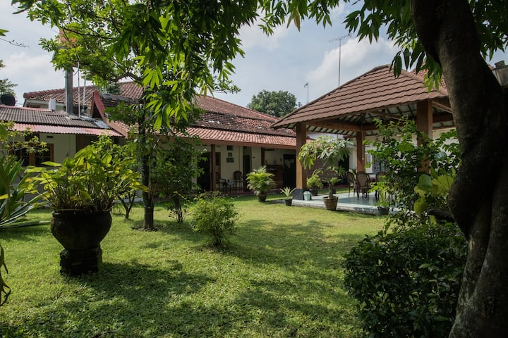 Deluxe Room near Kraton with AC