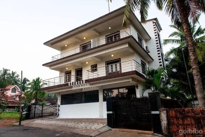 2 BHK Modern Apartment .Near Baga beach Parra Goa