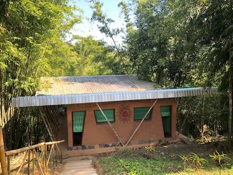 Adobe & Bamboo bungalow