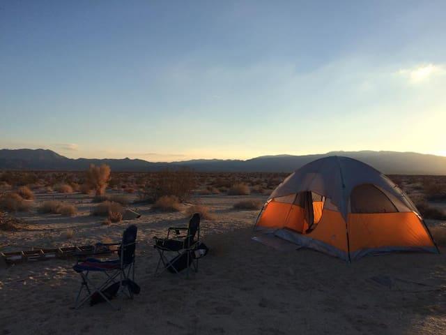 BYO Tent/RV @ OffGrid Joshua Tree Desert Campsite - Joshua Tree