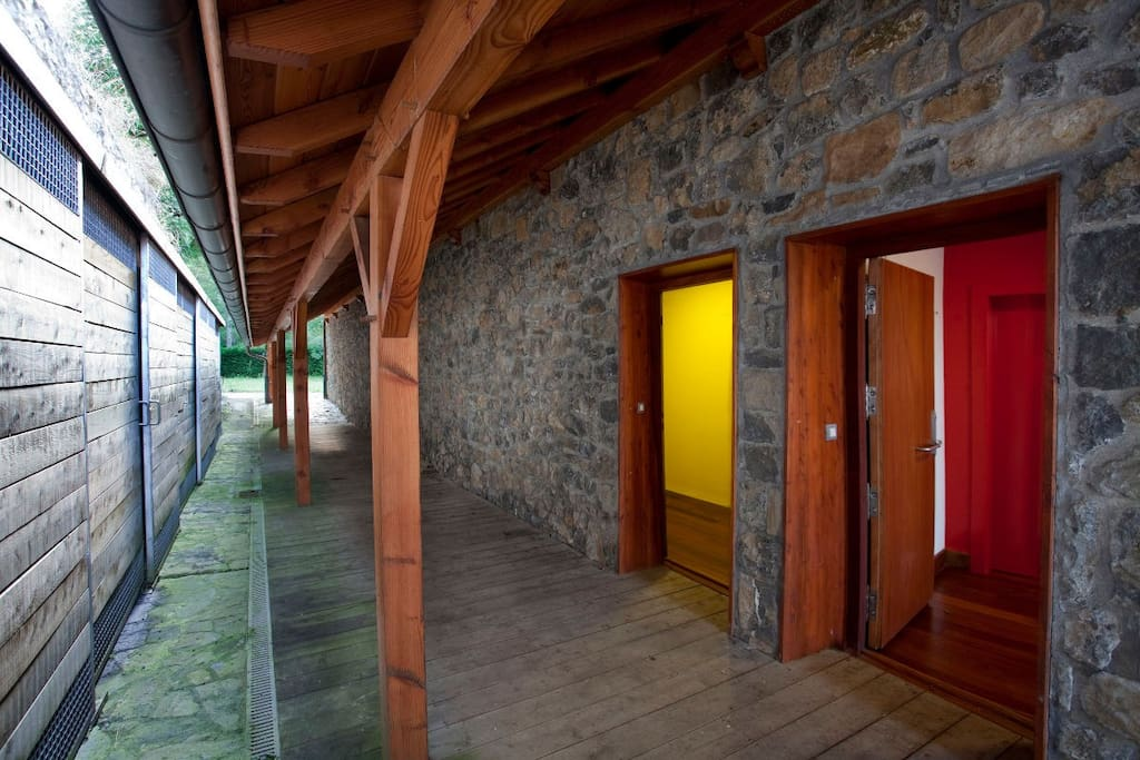 borda aranzazu amarilla appartements en r sidence louer o ati pays basque espagne. Black Bedroom Furniture Sets. Home Design Ideas