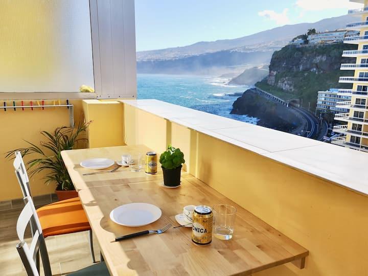 Studio near the beach, sea and Teide views