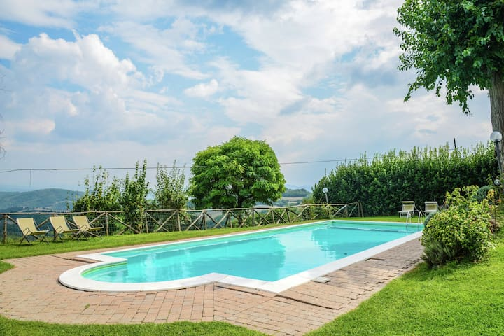 Royal Holiday Home in Umbria With Swimming Pool