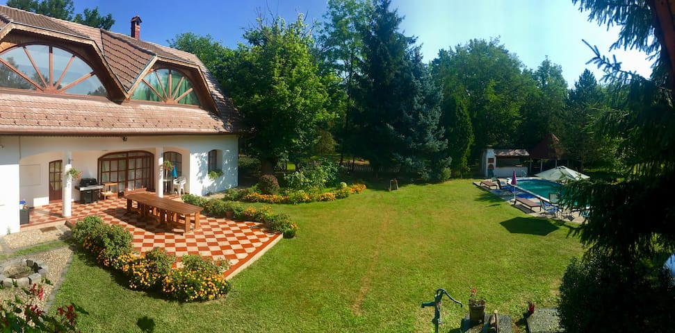 Country Villa near Budapest