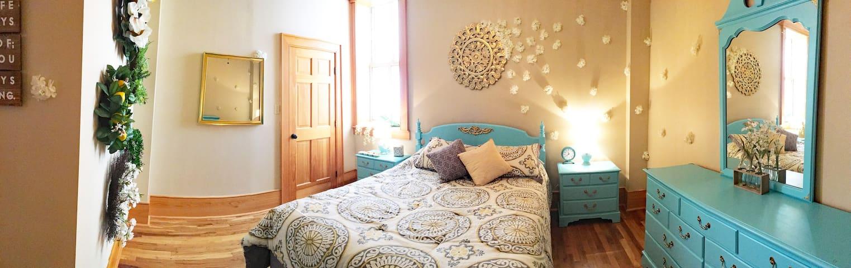 bedroom 4 - garden room