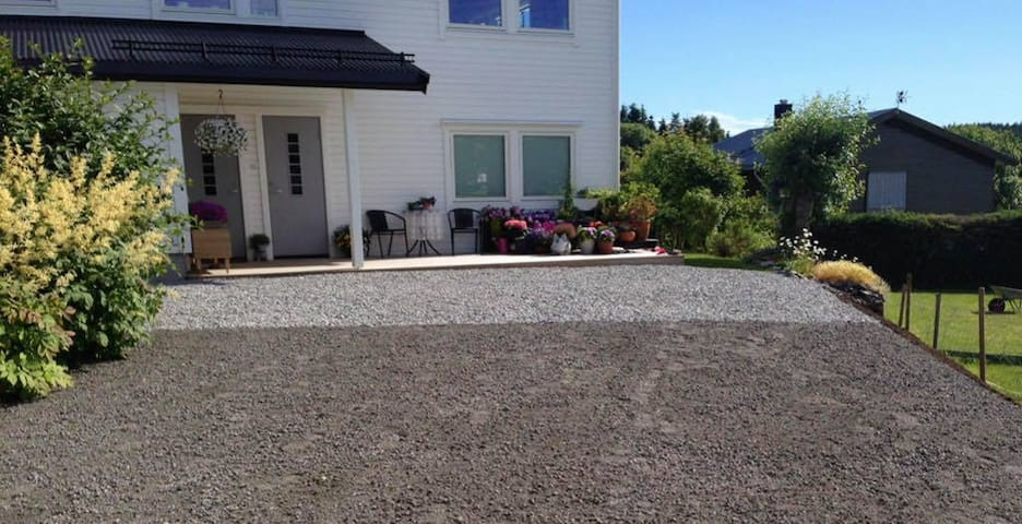Nice apartment in the middle of Lofoten