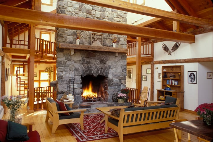 Climber's Lodge - Surrounded by wilderness, Keene