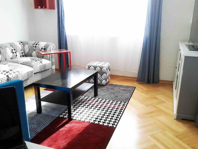 90 m² modernes Apartment Uni-Nähe - Klagenfurt am Wörthersee - Bed & Breakfast