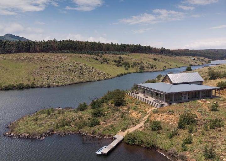 Star Dam Estate - Safire Lodge