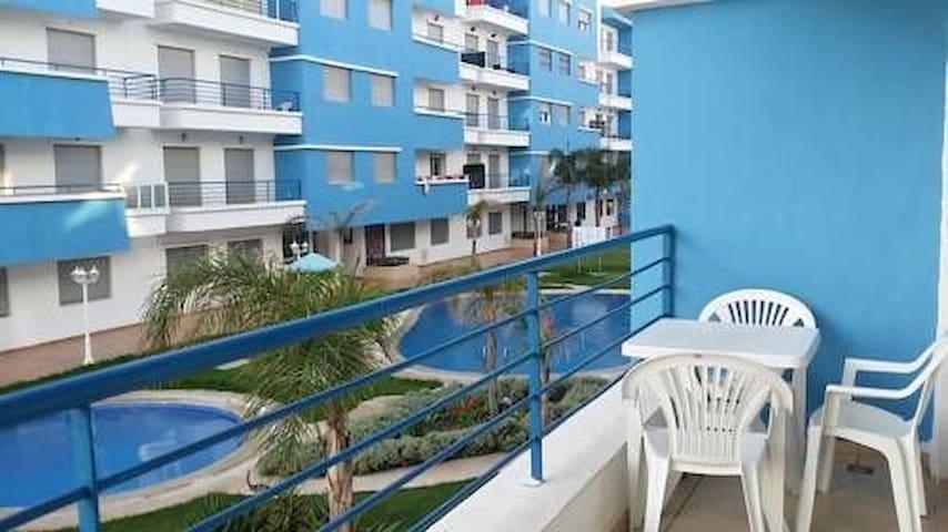 Appartement T3 récent avec piscine résidence.