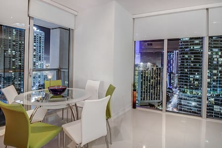 Miami LUX Zen Living,3Beds 2B (04-25) - Miami