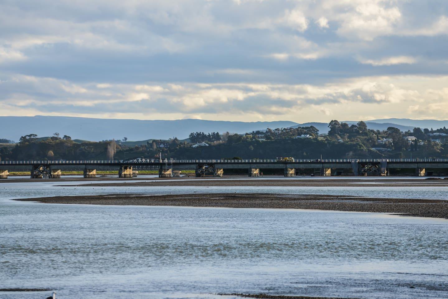 Estuary bridge opposite Uiskentui